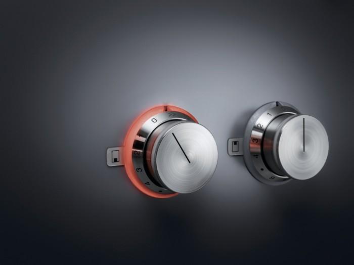 Gaggenaus hällserie Vario 400 förenar den modernaste tekniken med stilren design.